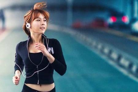 2015李宁10公里昆明路跑联赛
