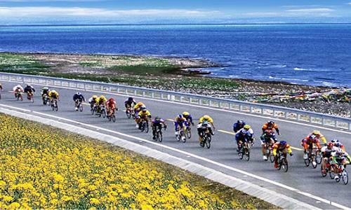 2015 环青海湖全国大学生公路自行车邀请赛