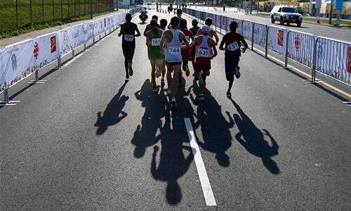 淄博市第一届绿城-百合花园半程马拉松