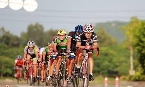 2015年环梵净山国际公路自行车邀请赛