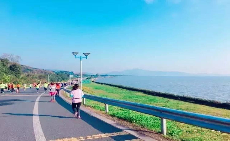 第三届无锡女王跑·弘阳杯2018无锡太湖国际女子半程马拉松