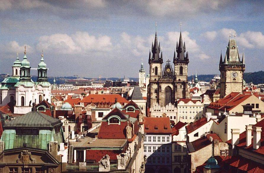 Prague_from_Klementinum.jpg